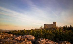 Tajuplný hrad Radyně